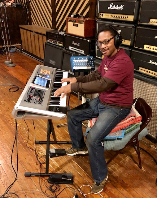 Bruce (BB) Brown (Keyboards & Vocals)